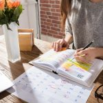 Should you publish your posts immediately or schedule them?